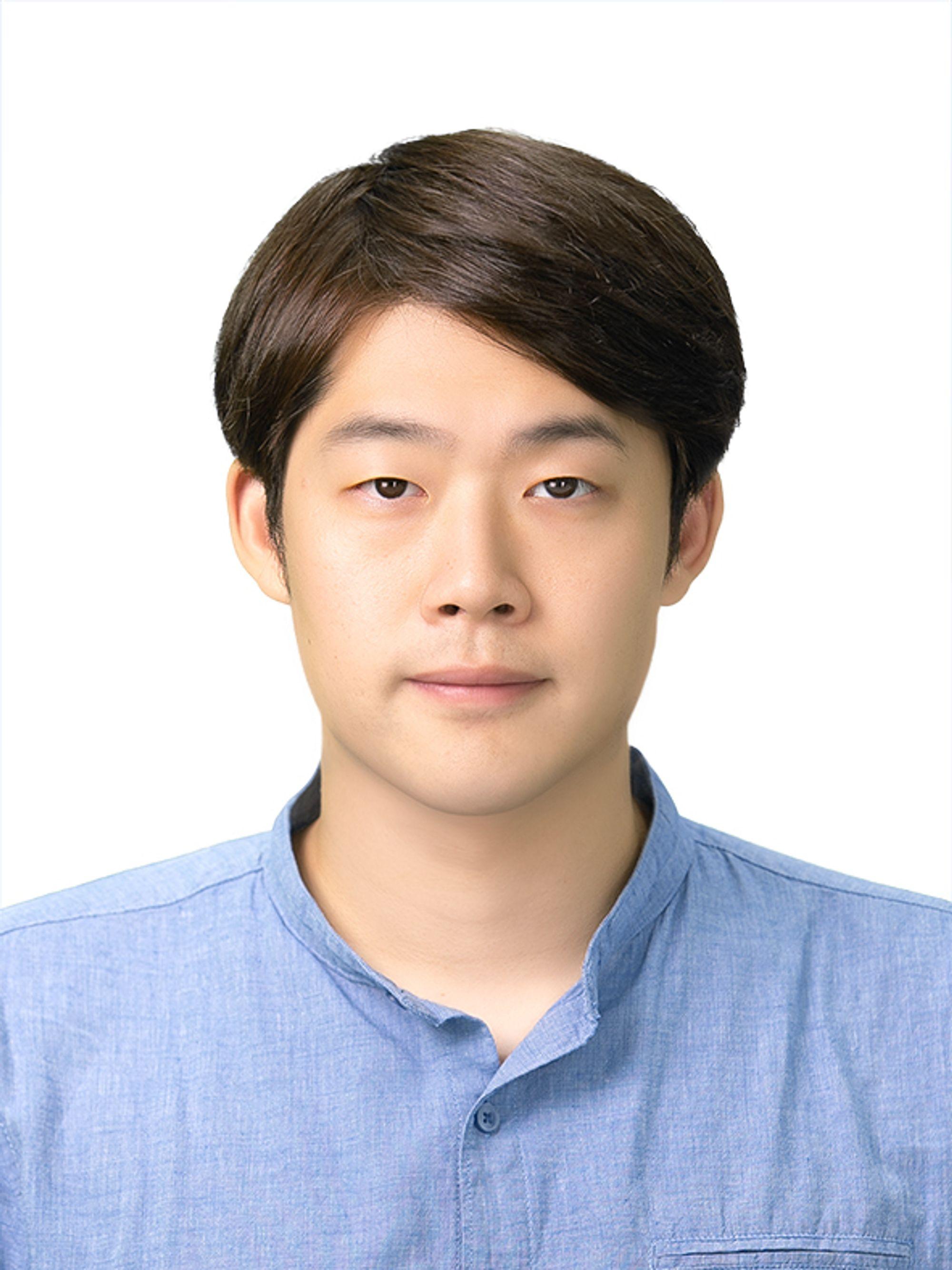 Lee_Sungmin_860810.jpg